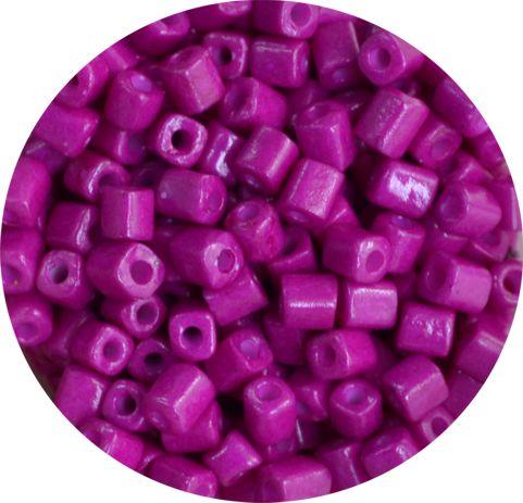 Бисер крупный квадратный розовый К-005 - непрозрачный.